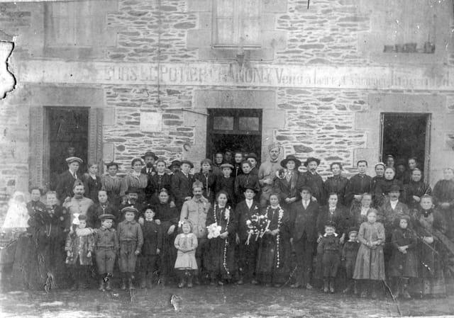 Une fête vers 1910