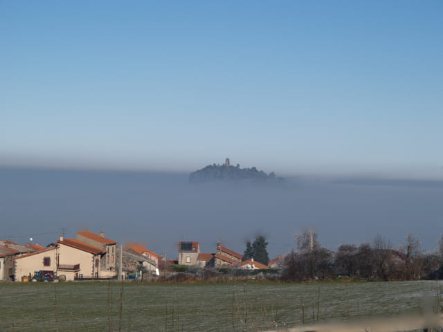 Une île en Auvergne