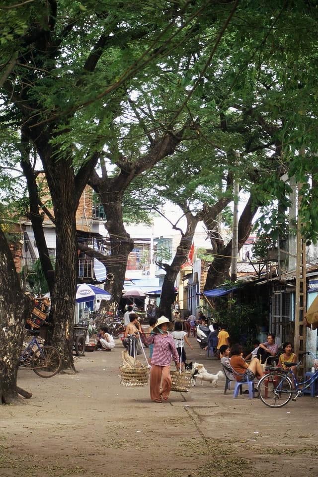 Une rue au environ de Saigon