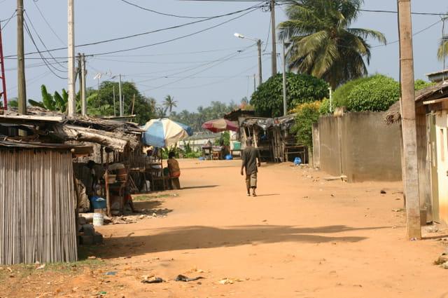 Une rue de Bassam
