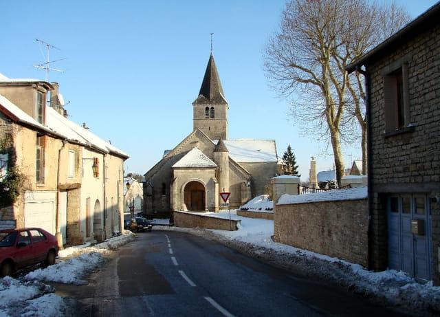 Une rue de Selongey