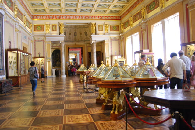Musée de l'Ermitage, salle de Raphaël
