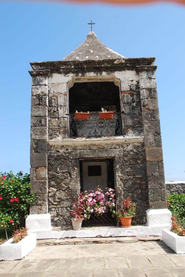 une tombe du cimetière marin de Saint Paul