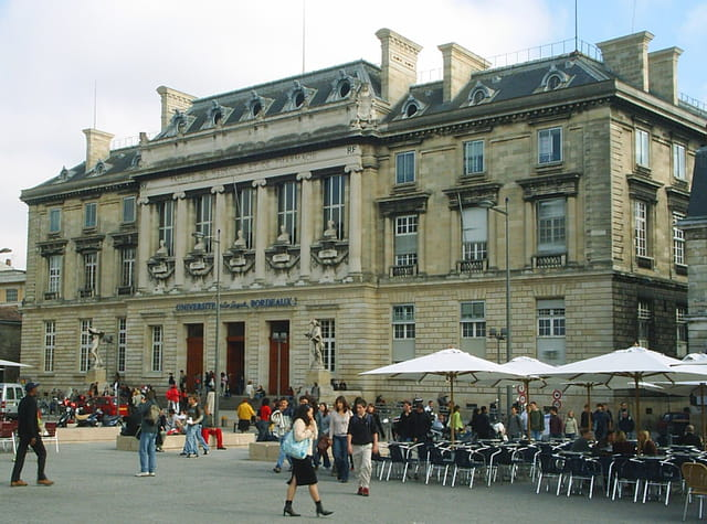Université de bordeaux 2