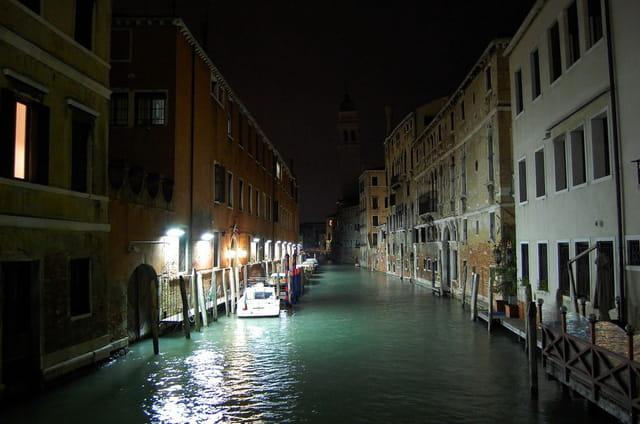 Venise dort