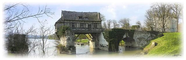 Vernon dans l' Eure ... Le moulin sur la seine