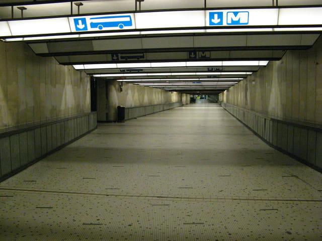Vers le dernier métro