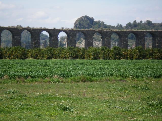 Vestiges aqueduc