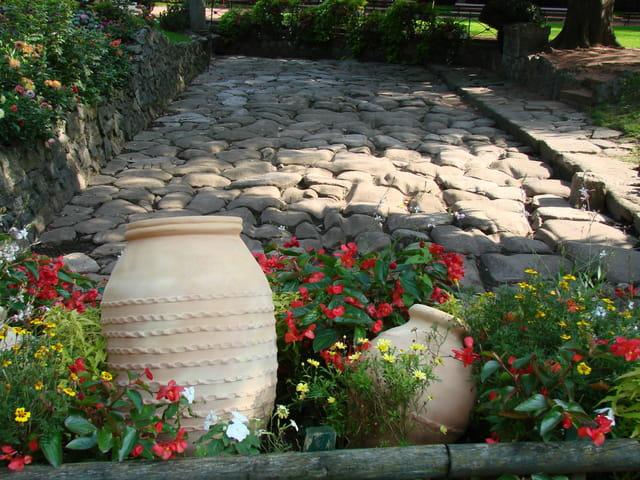 Vestiges d'une voie romaine