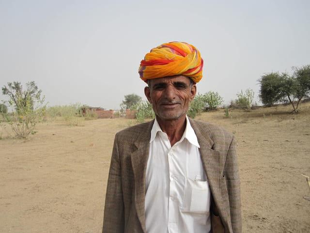 Vieil homme dans le désert du Thar (Inde)