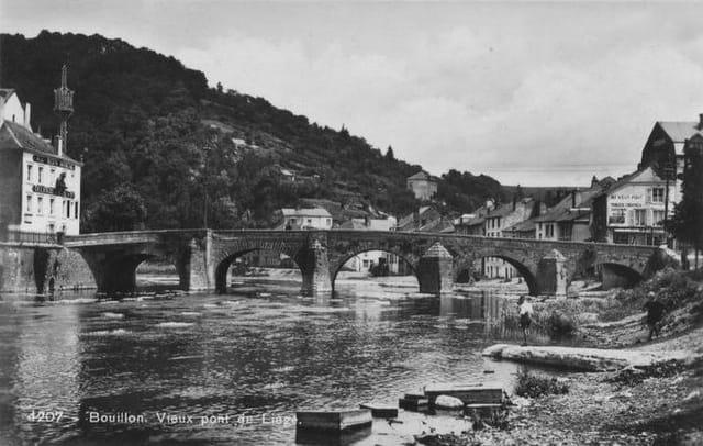 Vieux pont de Liège avant guerre