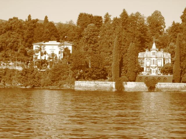 Villa au bord du lac