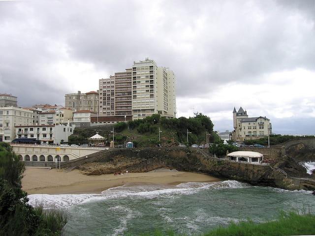 Villa Belza et plage antique