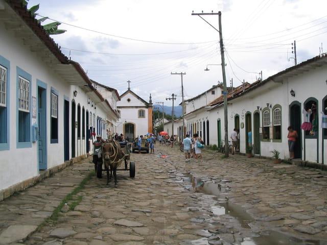 Village colonial