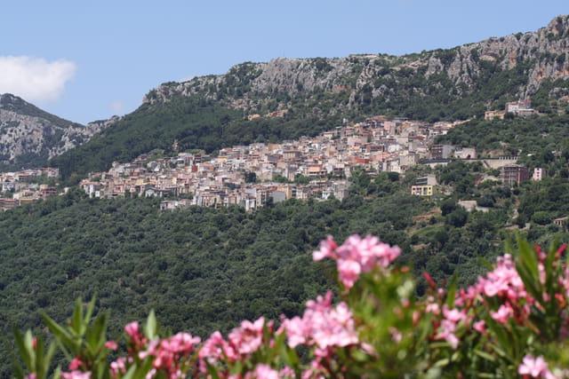 Village haut perché
