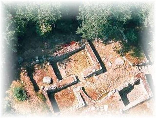 Village médiéval déserté de Montchauvet