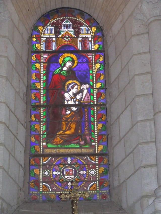 Vitrail de l'église de Lusignan