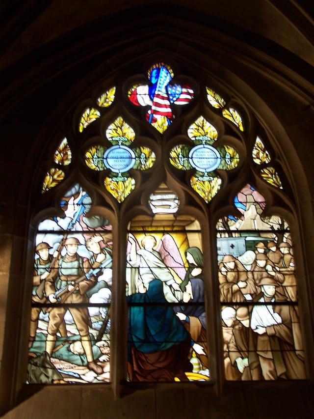 Vitrail de la chapelle st lazare