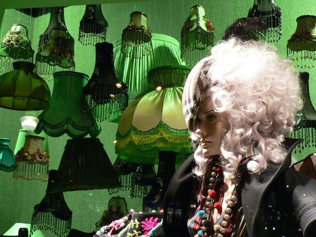 Vitrine galerie lafayette noel 2005 par gerard gracia campo sur l 39 internaute - Vitrine noel galerie lafayette ...