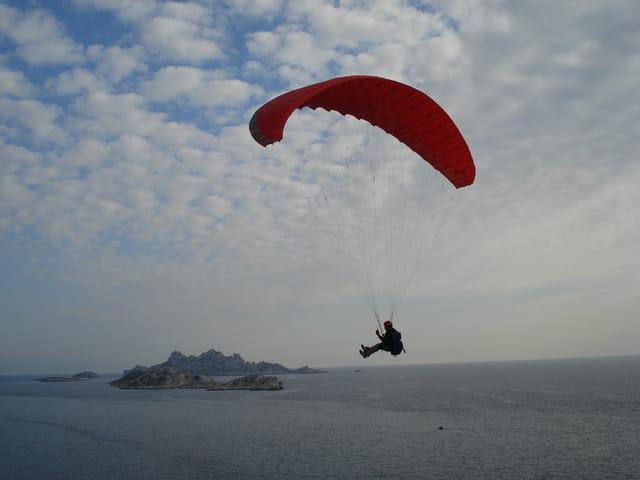 Vol au dessus de la mer