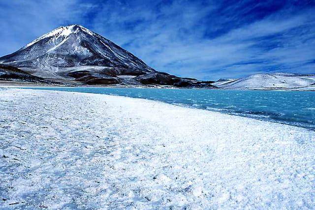 Volcan licancabur 5916m