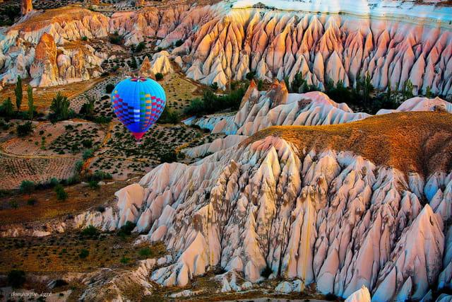 vue aérienne de la cappadocce en turquie