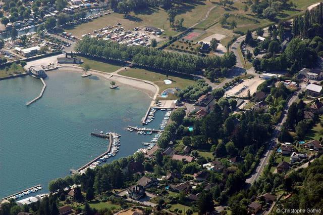 Vue aérienne du bourget-du-lac
