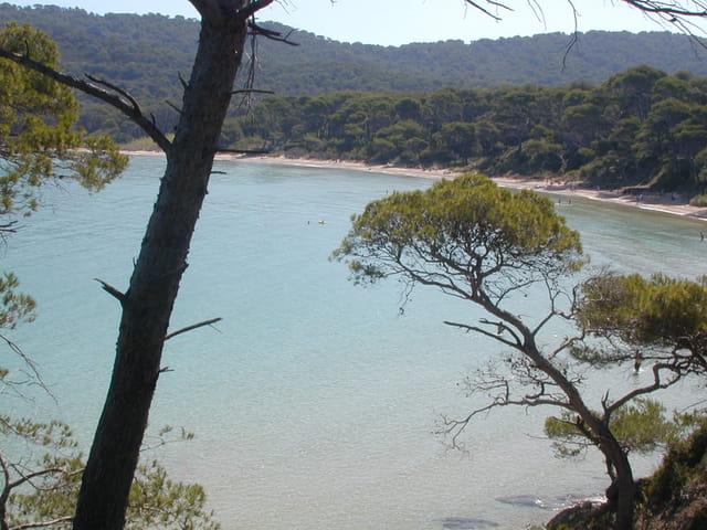 Vue de la plage de Botre-Dame
