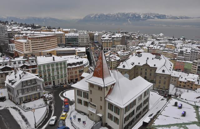 Vue de Lausanne depuis la tour de la cathédrale