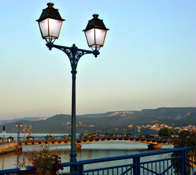 Vue du pont Martigues