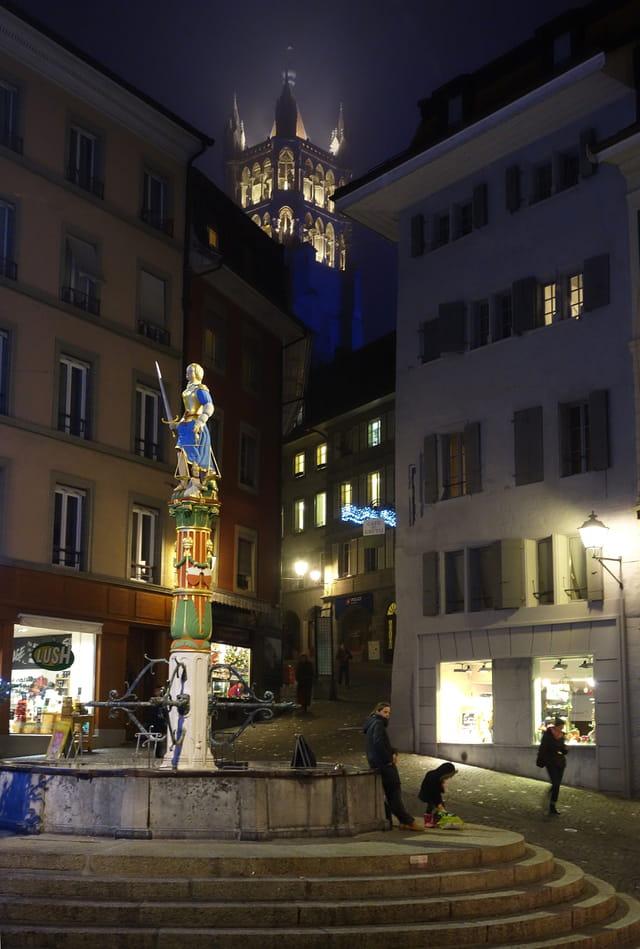 Vue nocturne de Lausanne