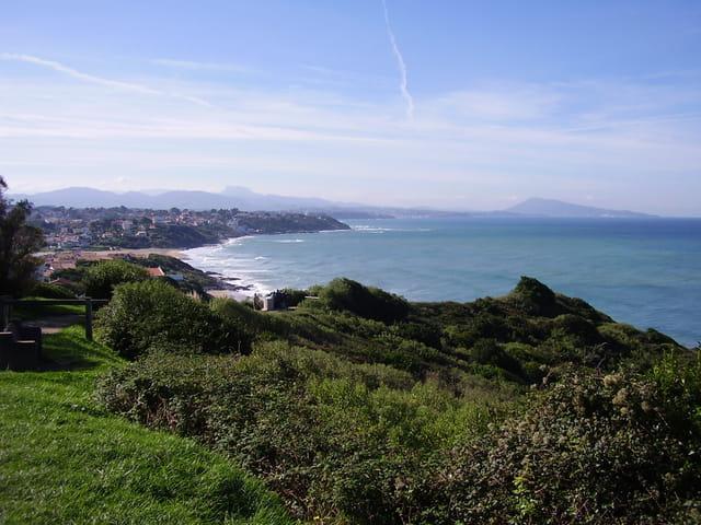 Vue panoramique sur france et Espagne