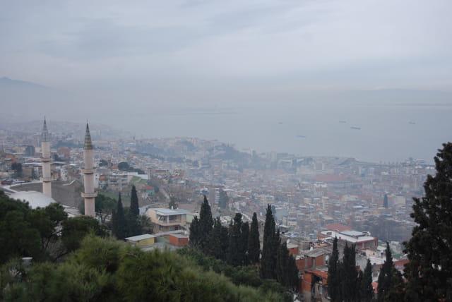 vue sur Izmir depuis la citadelle Kadïfekale