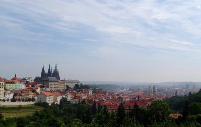 vue sur Prague et son château