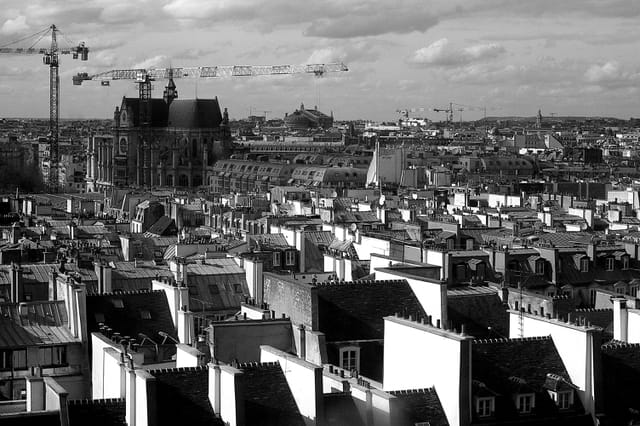 Vue sur St Eustache et les toits de Paris