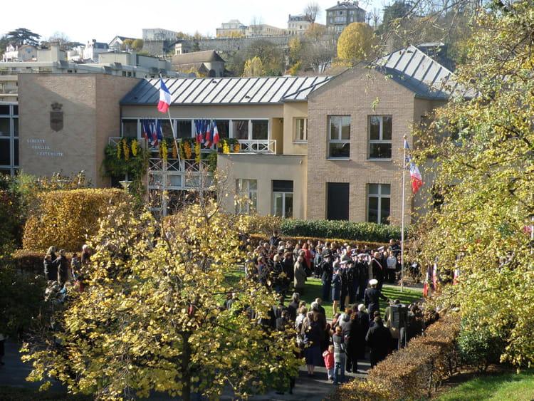 11 novembre 2008 au pecq la mairie par g rard robert sur for Piscine le pecq