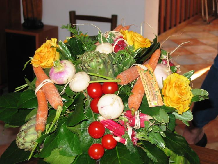 Bouquet de l gumes par serge piguet sur l 39 internaute - Composition florale avec fruits legumes ...
