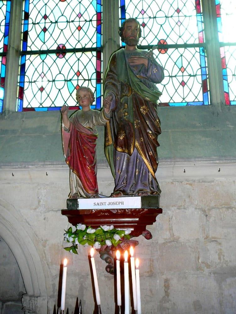 Statue de St Joseph et de l'enfant Jésus  - Dans la cathédrale St Pierre de Lisieux dans images sacrée 1249449