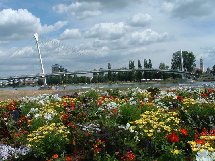 Jardin des deux rives par gilles oster sur l 39 internaute for Au jardin des deux ponts