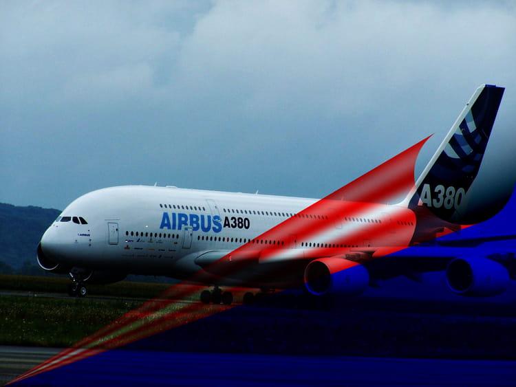Avion de ligne airbus a380 par jean marc puech sur l for Avion airbus a380 interieur