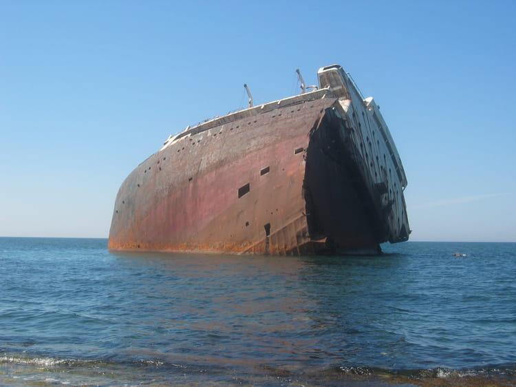 bateau echoue