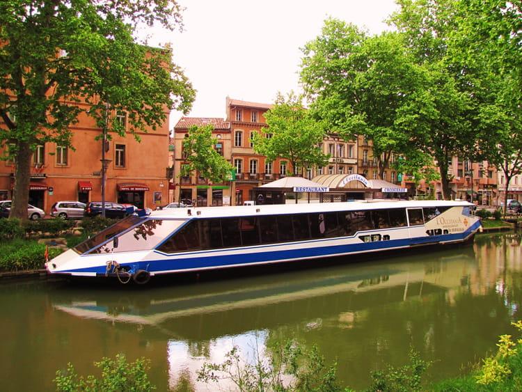 bateau mouche canal du midi toulouse par jean marc puech sur l 39 internaute. Black Bedroom Furniture Sets. Home Design Ideas