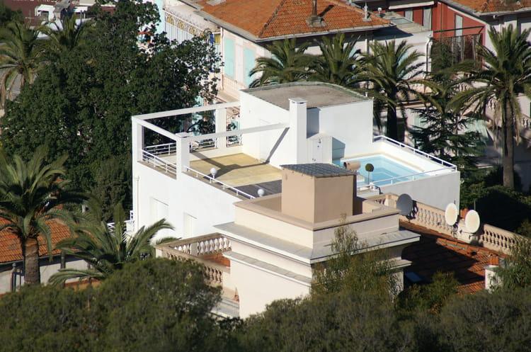 Belle villa avec piscine par jacqueline joly sur l 39 internaute - Belle villa avec piscine ...