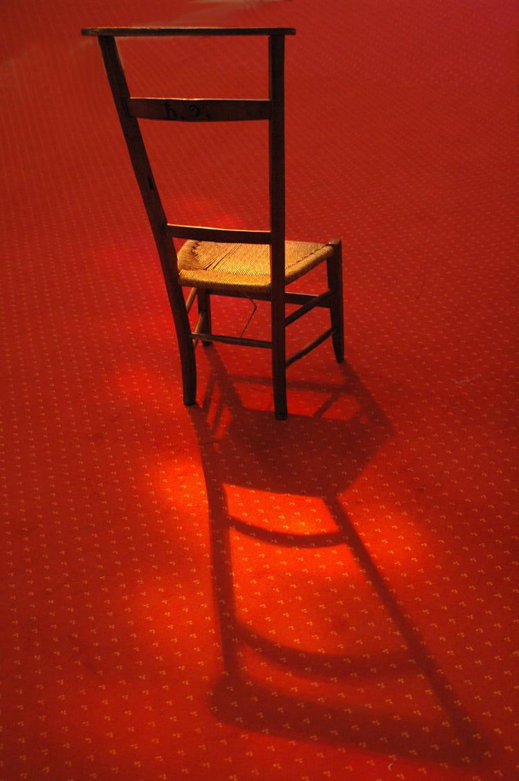 chaise de prie dieu par daniel tambareau sur l 39 internaute. Black Bedroom Furniture Sets. Home Design Ideas