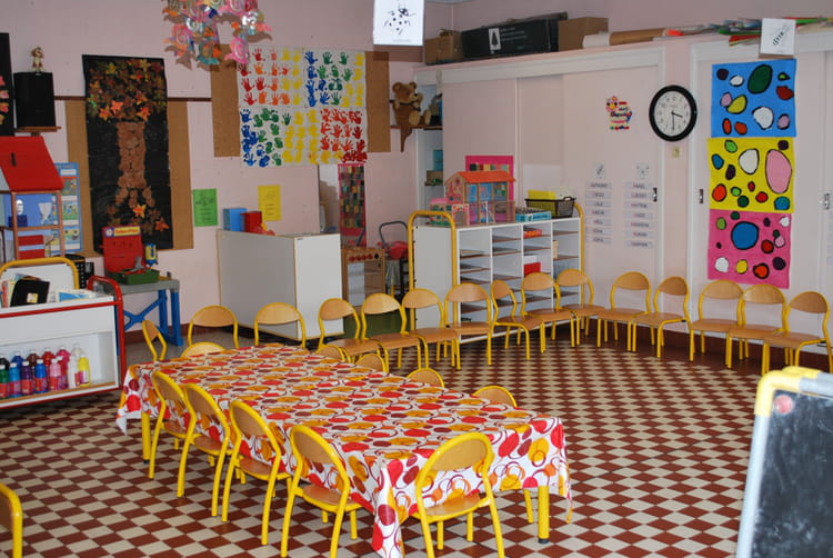 Classe de maternelle par christiane lisan sur l 39 internaute - Image classe maternelle ...