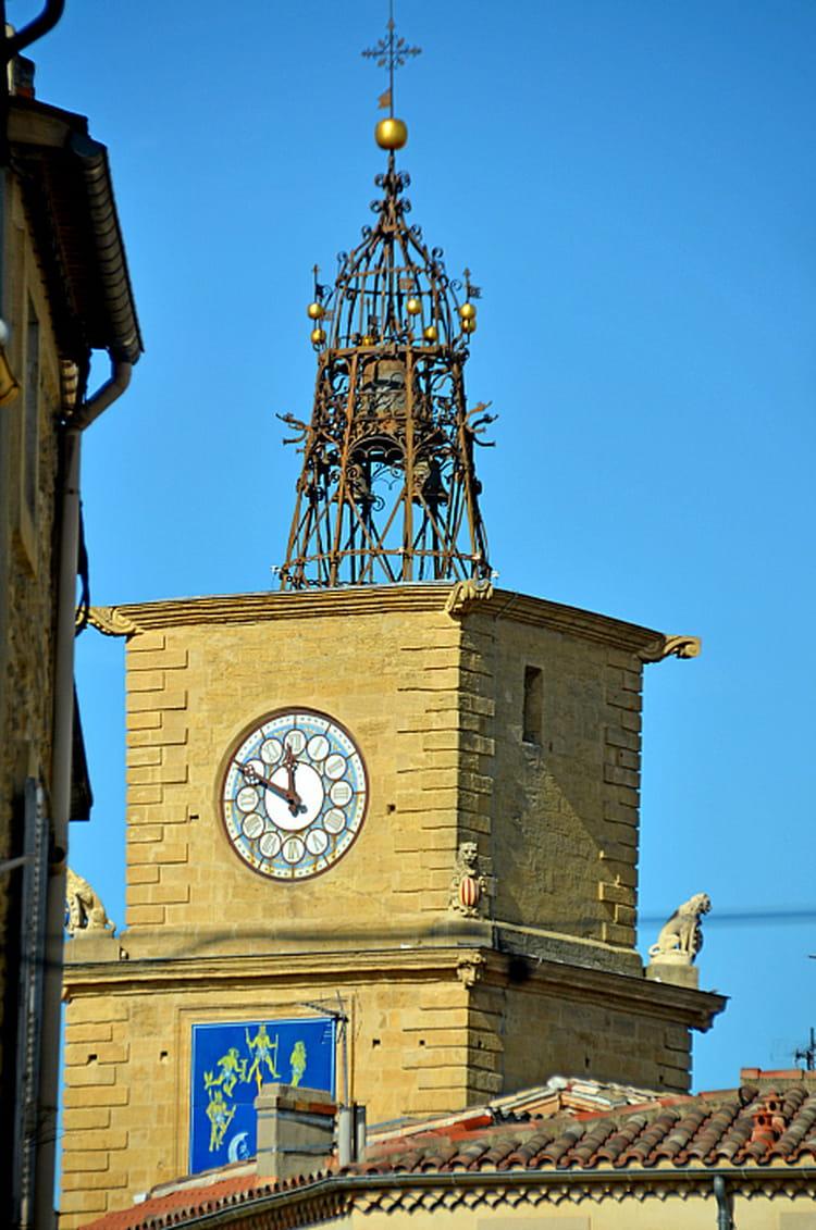 Clocher de la tour de l 39 horloge salon de provence par for Porte de l horloge salon de provence