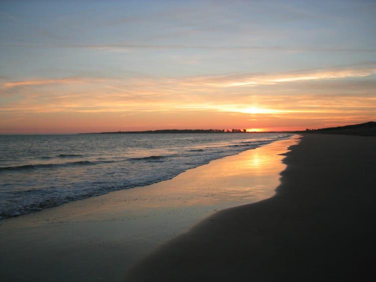 Coucher de soleil sur la tranche sur mer par yves prudent sur l 39 internaute - Coucher de soleil en mer ...