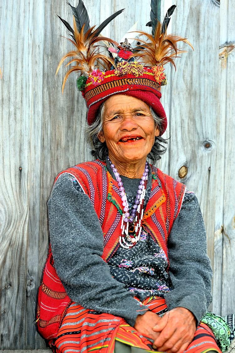 femme ifugao en habits traditionnels par alice aubert sur l 39 internaute. Black Bedroom Furniture Sets. Home Design Ideas