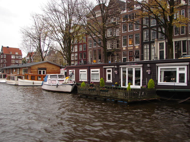 Habitations lacustres par j jacques boyer sur l 39 internaute - Chez l habitant amsterdam ...