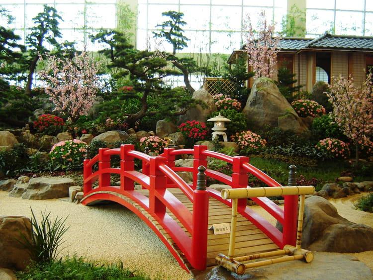 Terrasse bois jardin japonais diverses for Jardin japonais yvelines